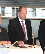 Finansminister Siv Jensen, finansmarkedsminister Peter Norman (Sverige) og finansminister Bjarni Benediktsson (Island).