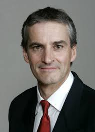 Partileder Jonas Gahr Støre bør starte en debatt om navnebytte for Ap(Foto:Regjeringen)