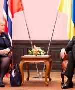 Prime Minister Erna Solberg meets her Ukrainan collegua Arsenij Jatsenjuk in Kiev( Photo: Håkon Mosvild Larsen NTB/Scanpix)