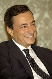 Sentralbanksjef mario Draghi i ESB trykker nå euro for å få  opp den økonomiske veksten i europa( Foto: Banca d`Italia)