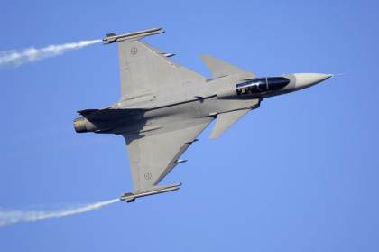 Sverige tränar jaktplanet Gripen i förberedande syfte( foto: Saabgour.com)