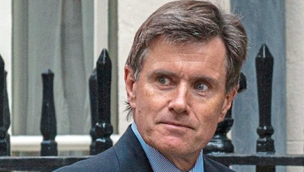 Sir John Sawers, tidligere sjef for den britiske etteretningstjenesten MI-6, som sammen med MI-5 skal sikre Storbritannia mot terror( Foto: Evending Standard)