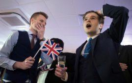 Supporters  celebrating that Britain is leaving EU(Photo:  Stefan Rousseau/PA via AP)