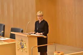 Utenriksminister Margot Wahlstrøm informerer Riksdagen om at Sverige igjen er medlem av FN`s sikkerhetsråd((Foto: Regeringen.se)