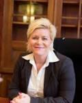 Finansminister  Siv Jensen må sloss med ulike prognoser for oljefondet i årene fremover( Foto: Nnews.co)