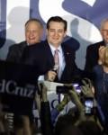 Ted Cruz beats DonaLD tRUMP IN iOWA( pHOTO: asSOCIATED pRESS)