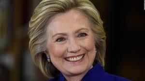 Hillary Clinton er rammet av e-post-skandaler på oppløpet i valgkampen i USA( Foto: CNN.com)