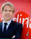 Markesdirektør Eivind Roal i SAS satser på lavpris for å klare konkurransen med Norwegian( Foto: SAS)