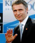 Seeks bigger budgets ahead of NATO-meeting