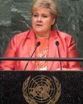 Erna Solberg kan sole seg i glansen av førsteplass i pressefrihet (Her i FN)